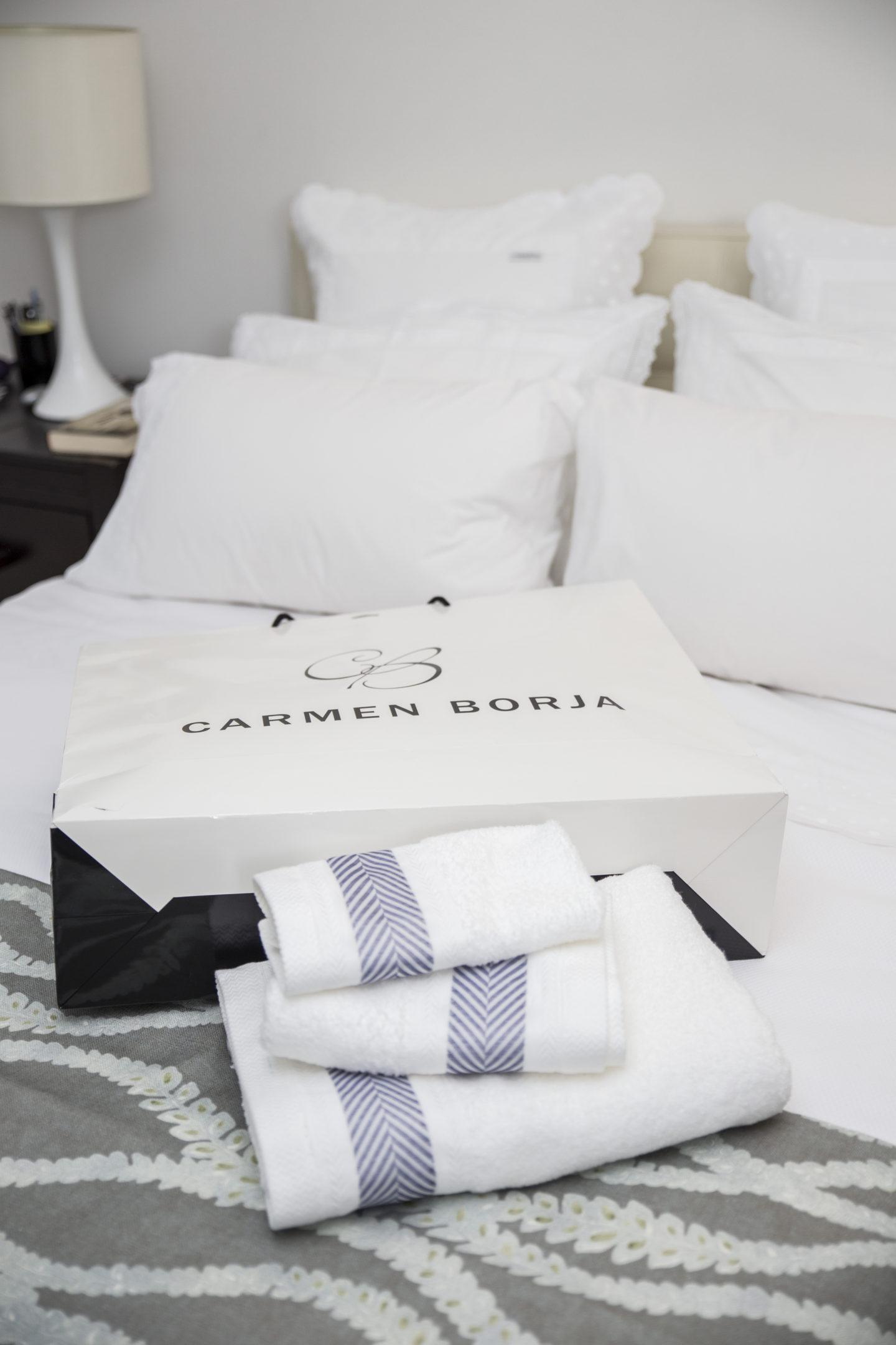 miami-based-blogger-chuky-reyna-bed-carmen-borja-bed-garments